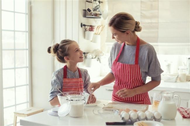 Anne-Çocuk-Mutfak-Kek