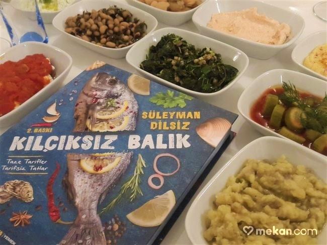 Giritli-Restoran-Süleyman-Dilsiz-Kılçıksız-Balık-Kitap