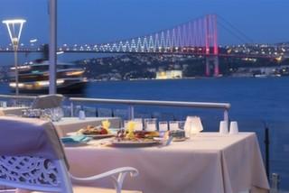 İstanbul'un Deniz Kenarındaki En Güzel Mekanları