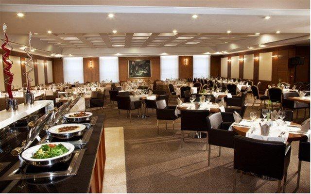 Dedeman İstanbul Turkuaz Restaurant'ta Enfes Açık Büfe Kahvaltı