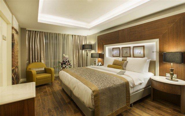 Dedeman Bostancı Hotel'de Kahvaltı ve Spa Kullanımı Dahil Konaklama