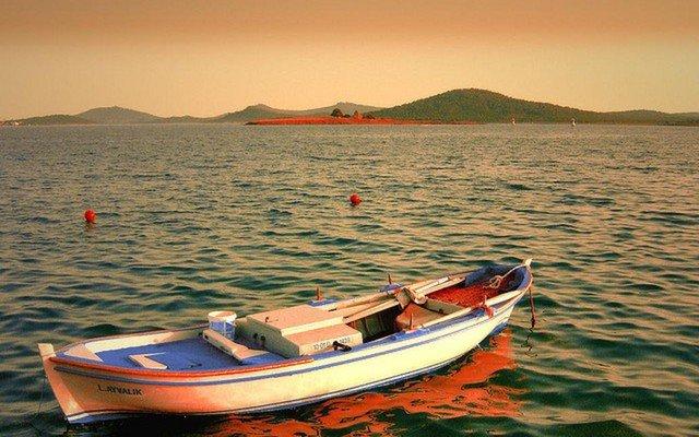 1 Gece 2 Gün Konaklamalı Tekne Turu Dahil Ayvalık, Cunda Adası, Kadırga Koyu, Assos Turu