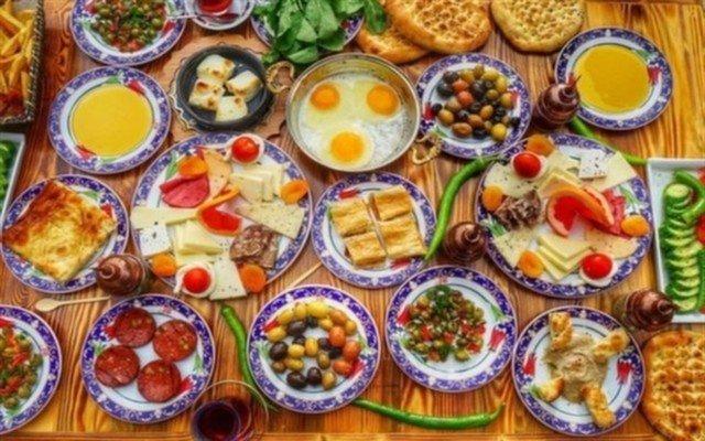Ramazan Bingöl Et Lokantası Bayrampaşa Şubesinde Serpme Kahvaltı Keyfi