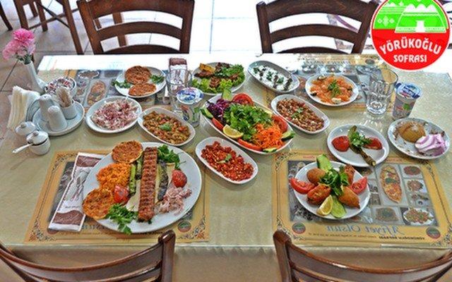 Yörükoğlu Kebap'ın Tadına Doyulmaz Tavuk ve Et Menüleri Eşliğinde Leziz Akşam Yemeği